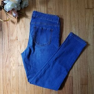 FINAL PRICE Old Navy Super Skinny Jeans Size 10
